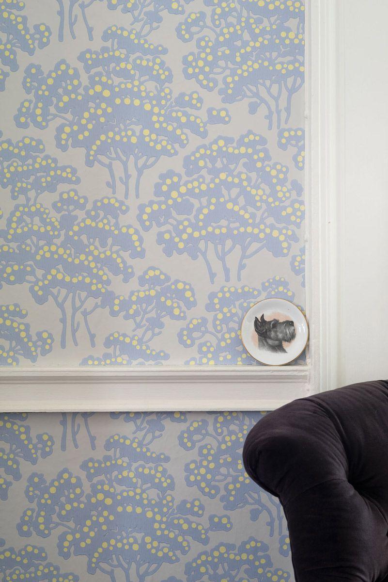 florale mustertapete hornbeam von farrow & ball im farbton dayroom