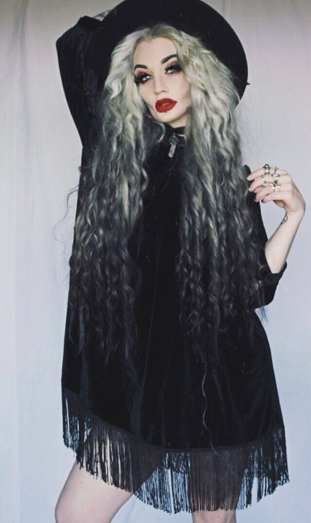 nu goth/witch fashion. Her ombre hair is absolutely amazing.