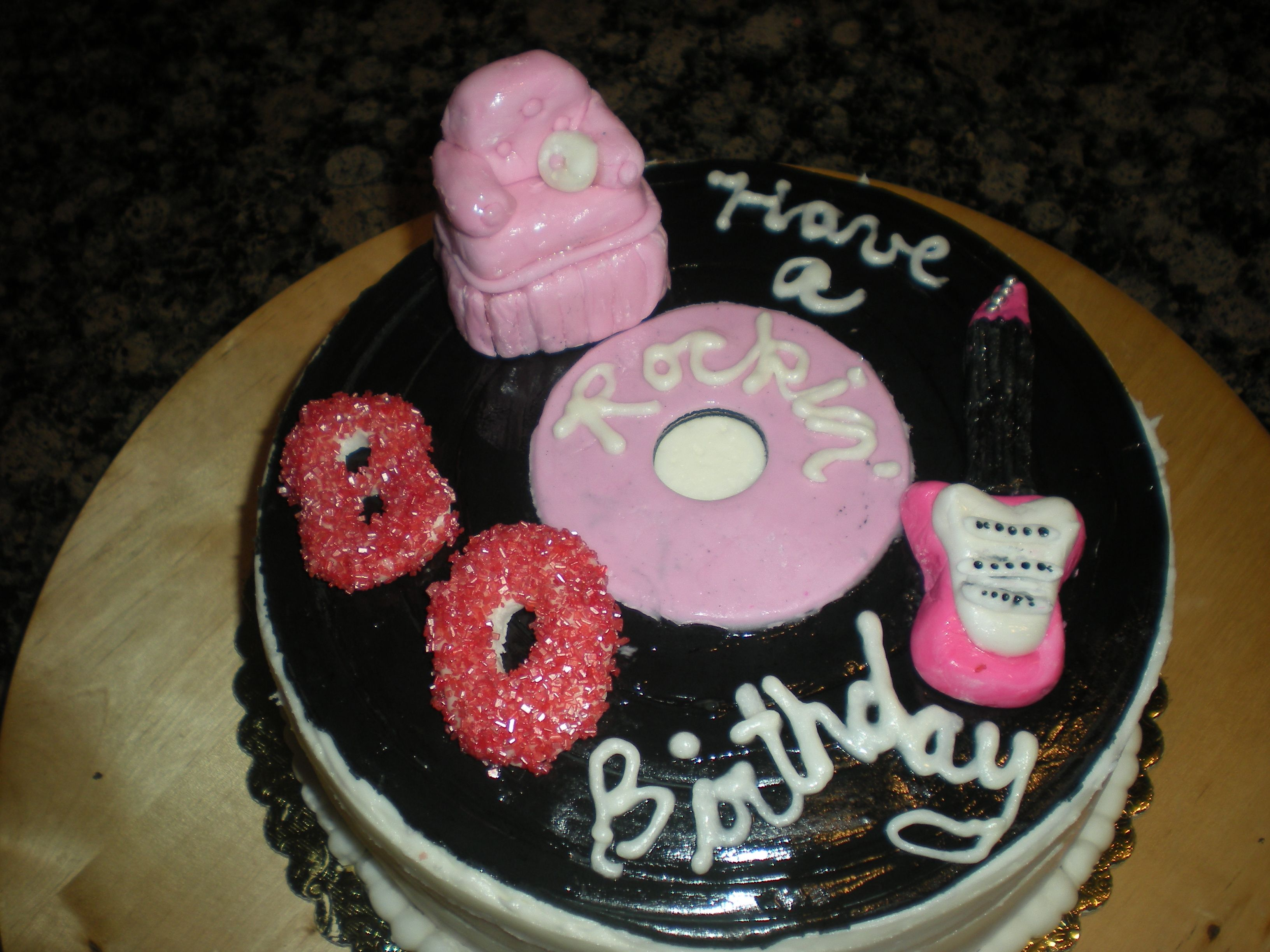 A Rockin Birthday Cake For A 80 Year Old Lady Cakes Pinterest
