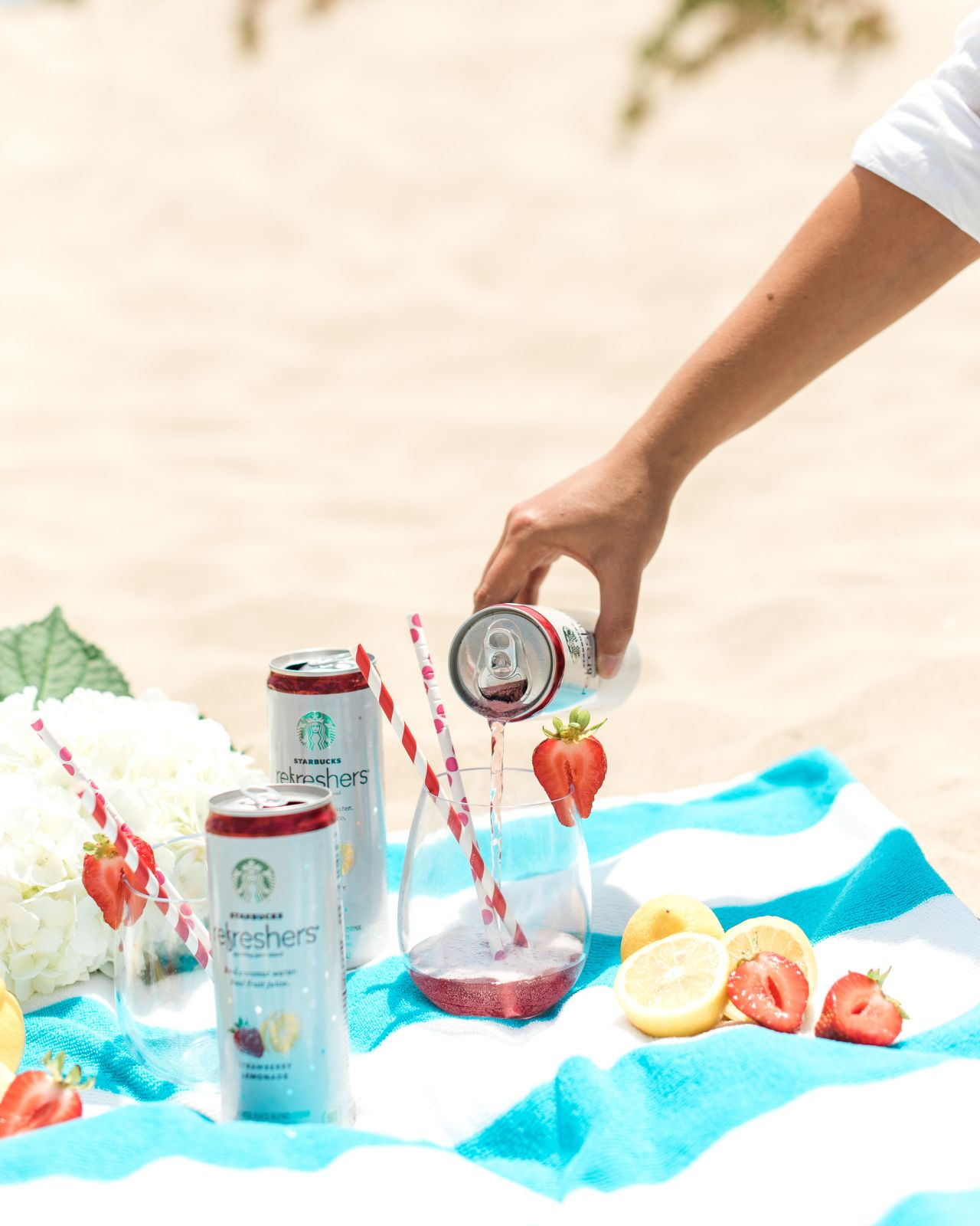 #Sponsored by @Starbucks. Were making some tasty swaps for some of our favorite indulgences this summer and these yummy #StarbucksRefreshers are making it super easy! Head to the link in our bio for 5 ways to make your week a little healthier #ad #onIBTtoday! (Photo by @Sanazphotography)