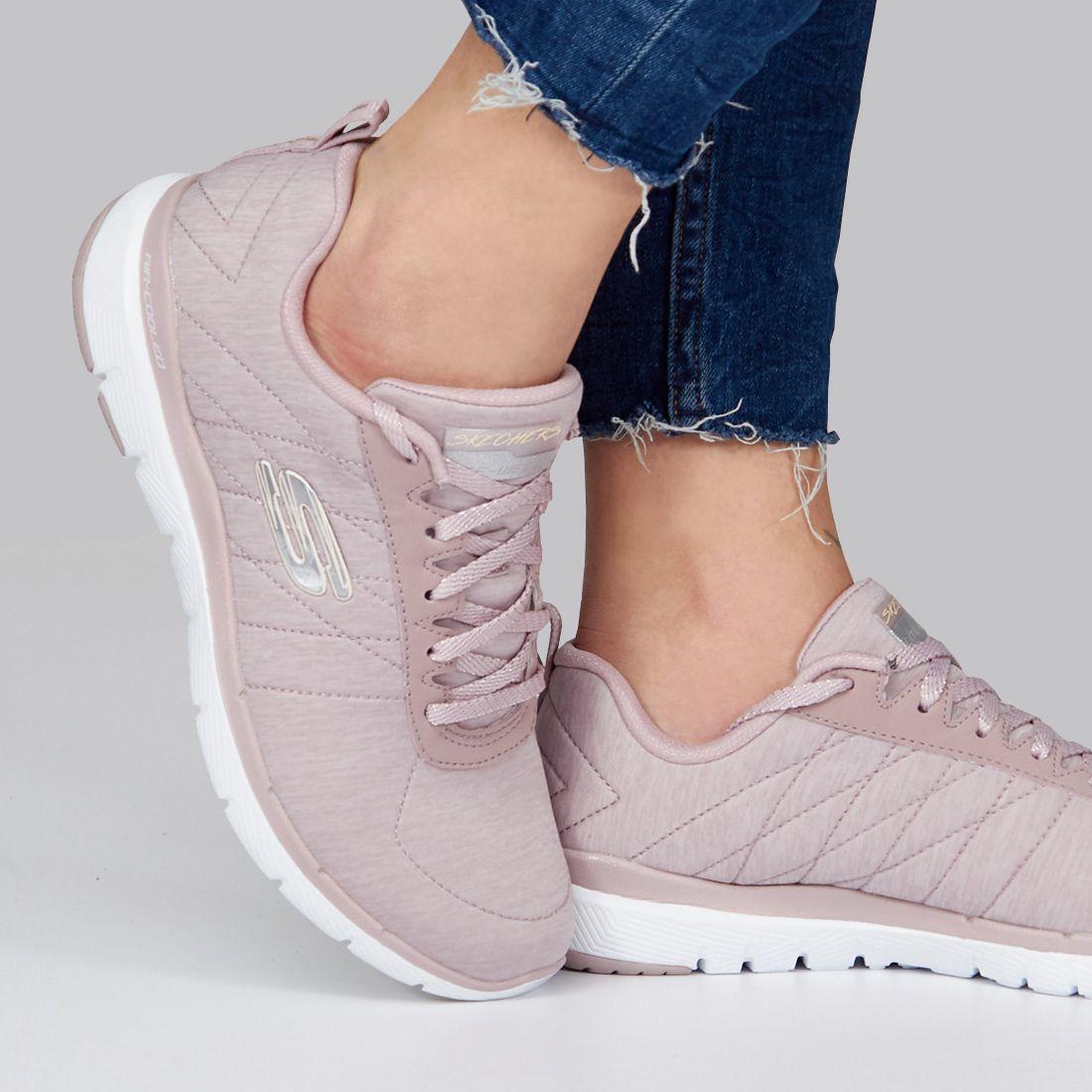 suicidio salvar Hora  SKECHERS 13067S ROSA Zacaris zapatos online. | Zapatos skechers, Zapatos  deportivos mujer, Marcas zapatos mujer