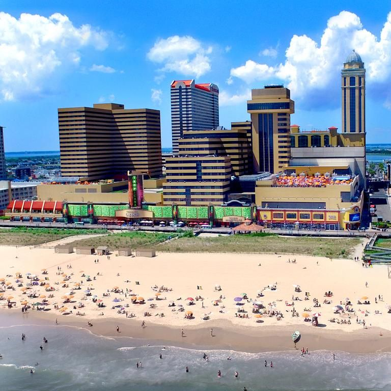 Resort Tropicana Atlantic City Nj Booking Com Atlantic City Boardwalk Atlantic City Beachside Resort