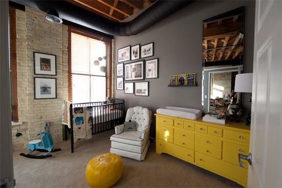 Jenny Lind goes global! Wren's Mom, a National Geographic photographer, took cues from the famous magazine when putting together the room and even ordered special issues to post up over the changing table.