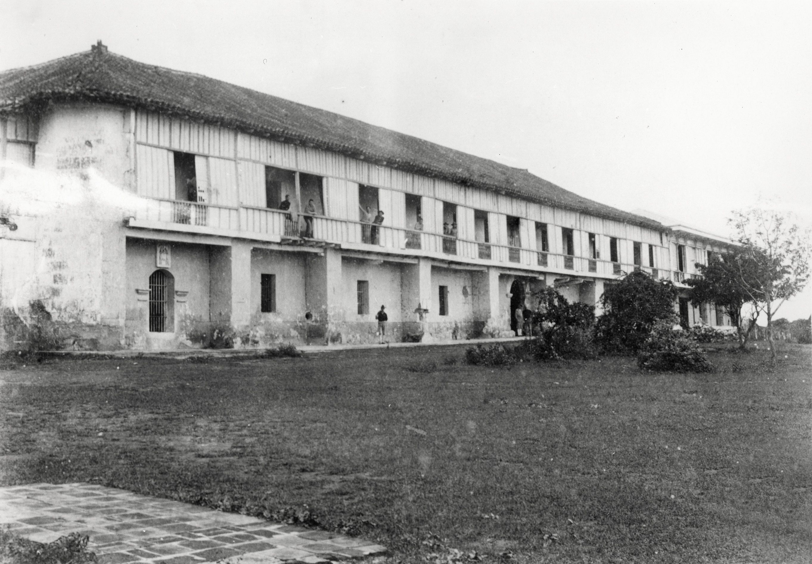 Old Spanish barracks at Ft. Santiago used by American military forces after 1899.