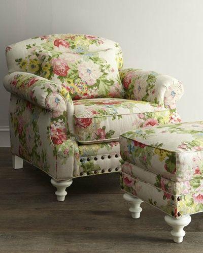 Best Floral Overstuffed Chair Found On Pinkandgreenscene Com 640 x 480