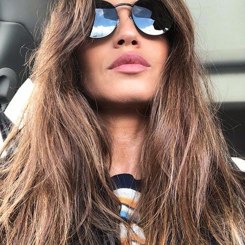 Sara Carbonero Saracarbonero Fotos Y Vídeos De Instagram Beautiful Models Mirrored Sunglasses Women Sunglasses Women