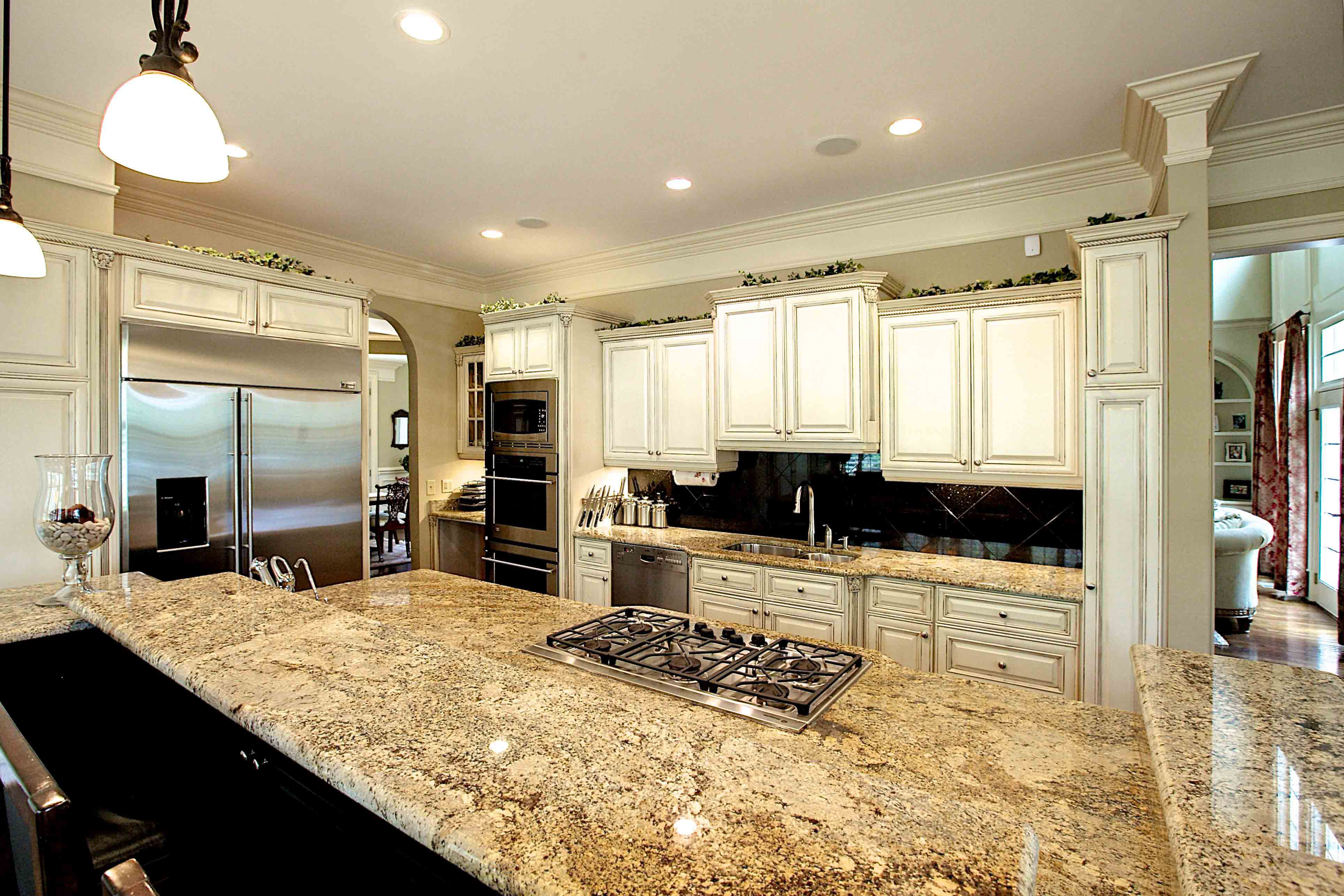 Juparana Persa Granite Backsplash Is Large Dark Tiles