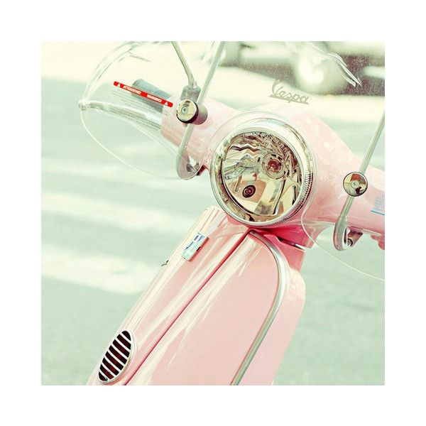 Pink Vespa, I could so see me driving around Sea Isle on this!