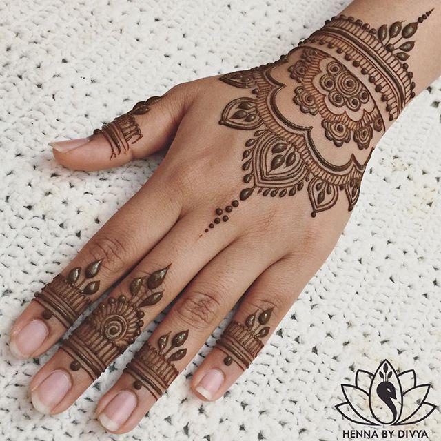 Hand Tattoo With Henna Orient I I Karneval Fasching Henna Tattoo