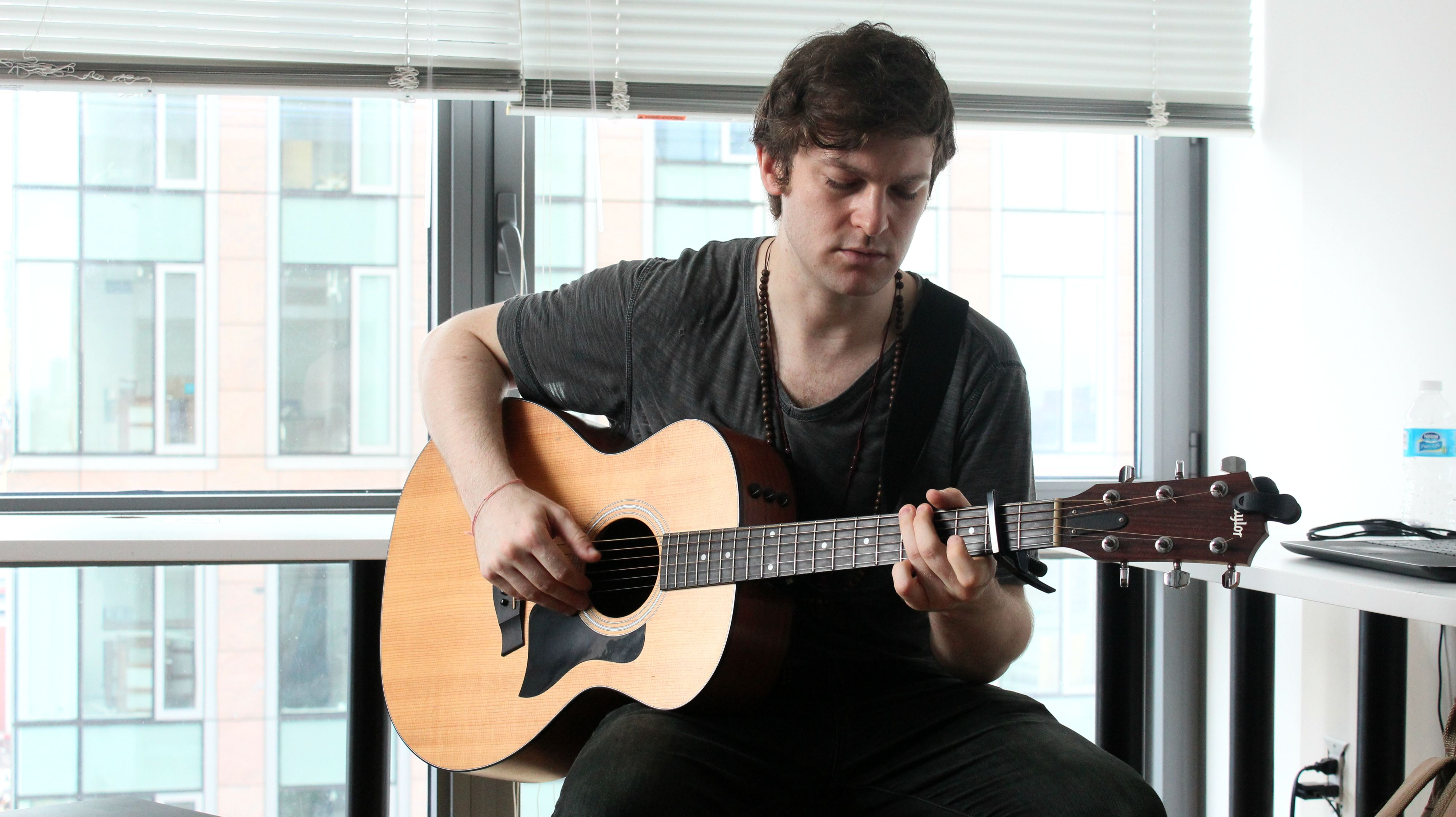 Thank You To Chris Zurich For An Outstanding Performance And Interview At Our Cascadefm Office To Listen To Chris Music Visit Www Cascad Chris Zurich Music