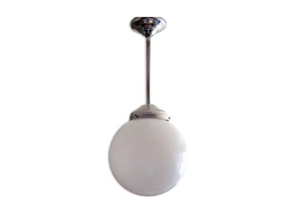 Suspension toupie ou grande boule verre de lait années 50 - verre ...