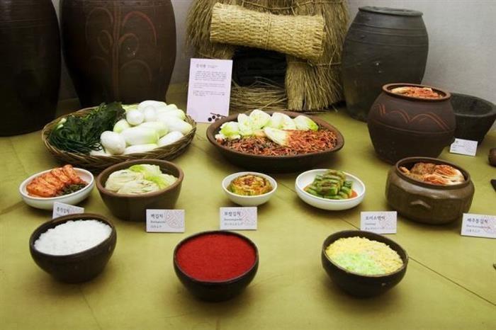 30 Places to Visit in Seoul/ Pulmuone Kimchi Museum