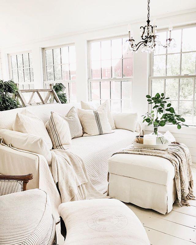 Fantastic The Best White Slipcovered Sofas Home Decor Cozy Room Machost Co Dining Chair Design Ideas Machostcouk
