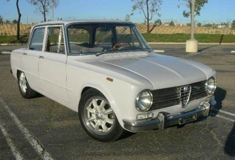 Great color. Down to business profile. Alfa Giulia (1970)