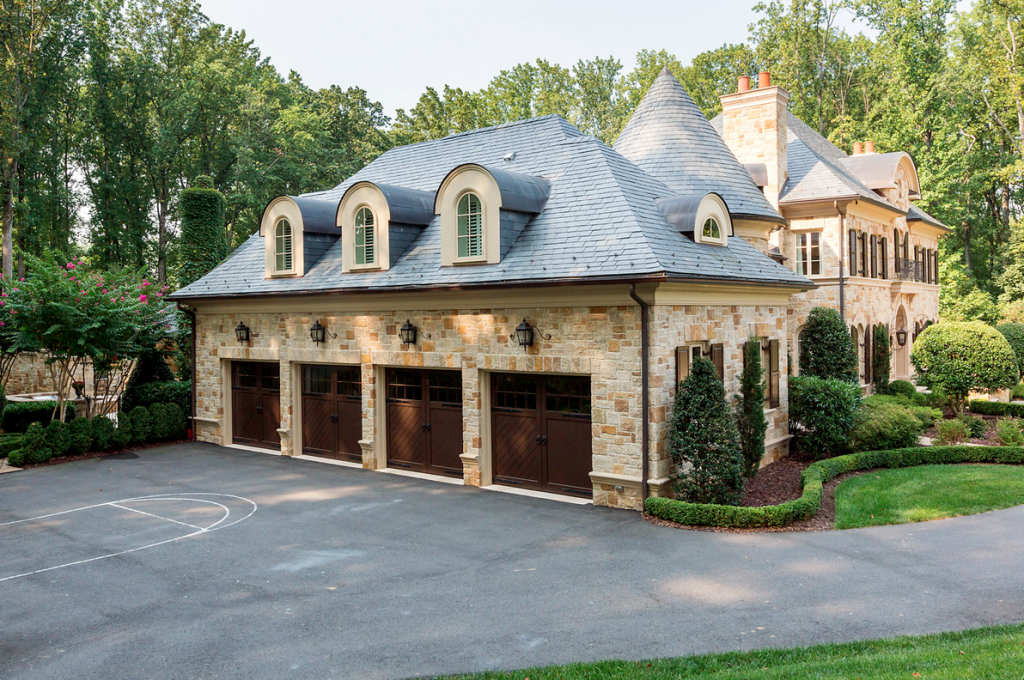 Homes Of The Rich The Web S 1 Luxury Real Estate Blog Carriage House Garage House Exterior Stone Mansion