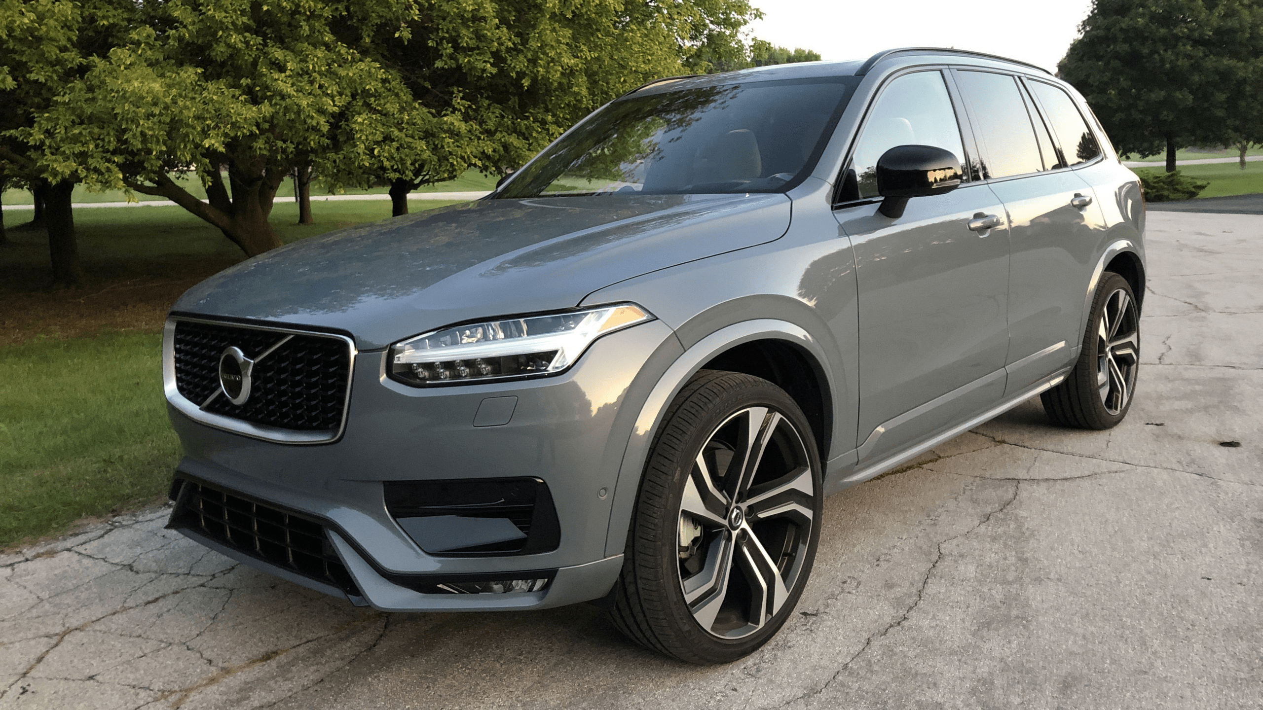 2021 Volvo S90 Price and Review in 2020 | Volvo xc90 ...