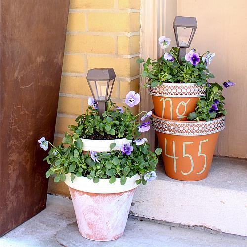 Solar Light And Flower Pot Centerpiece Light Up Yard Decor With A Flower Pot Centerpiece Decoartpr Solar Lights Garden Flower Pot Crafts Clay Flower Pots