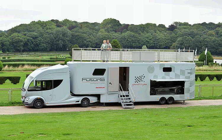 Futuria Sports Spa Is A Motorhome With A Yacht Like Roof Terrace Material De Camping Autocaravana Caravanas