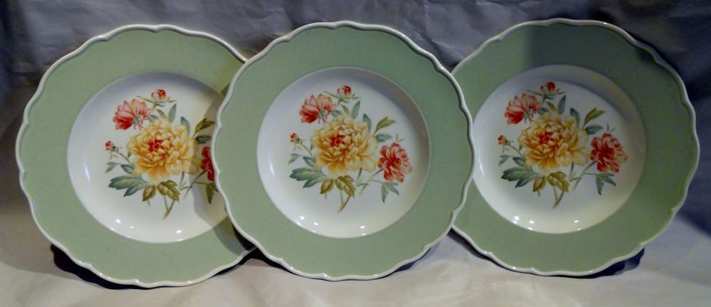 Porcelain · Three Wedgwood Marthau0027s Garden Peony Plates ... & Three Wedgwood Marthau0027s Garden Peony Plates 9