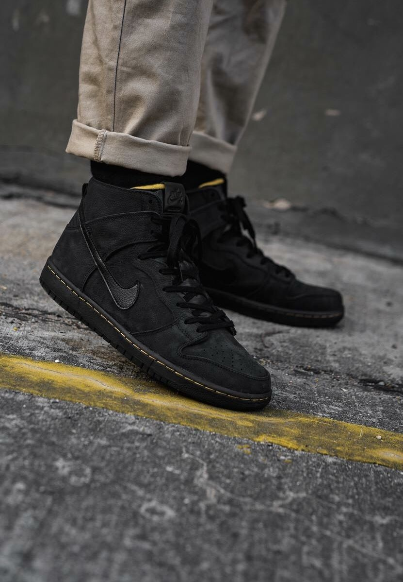 Alaska Demonio Manhattan  Pin on Sneakers: Nike Dunk