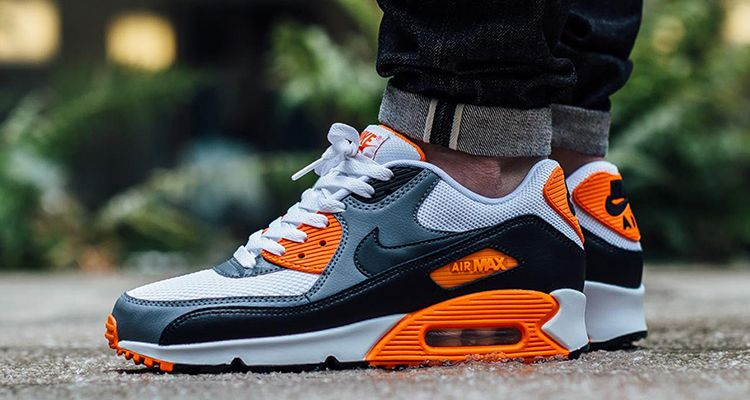 This Nike Air Max 90 Looks Infrared But