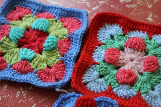 With link to the pattern, but what a change other colours can make ...