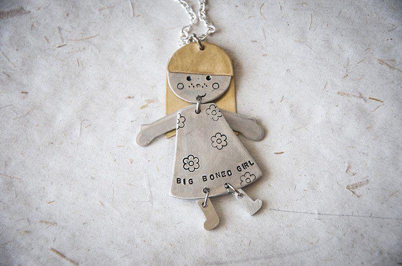 Collane con pendenti - Collana con bambolina fatta a mano che si muove - un prodotto unico di SilviaWithLove su DaWanda