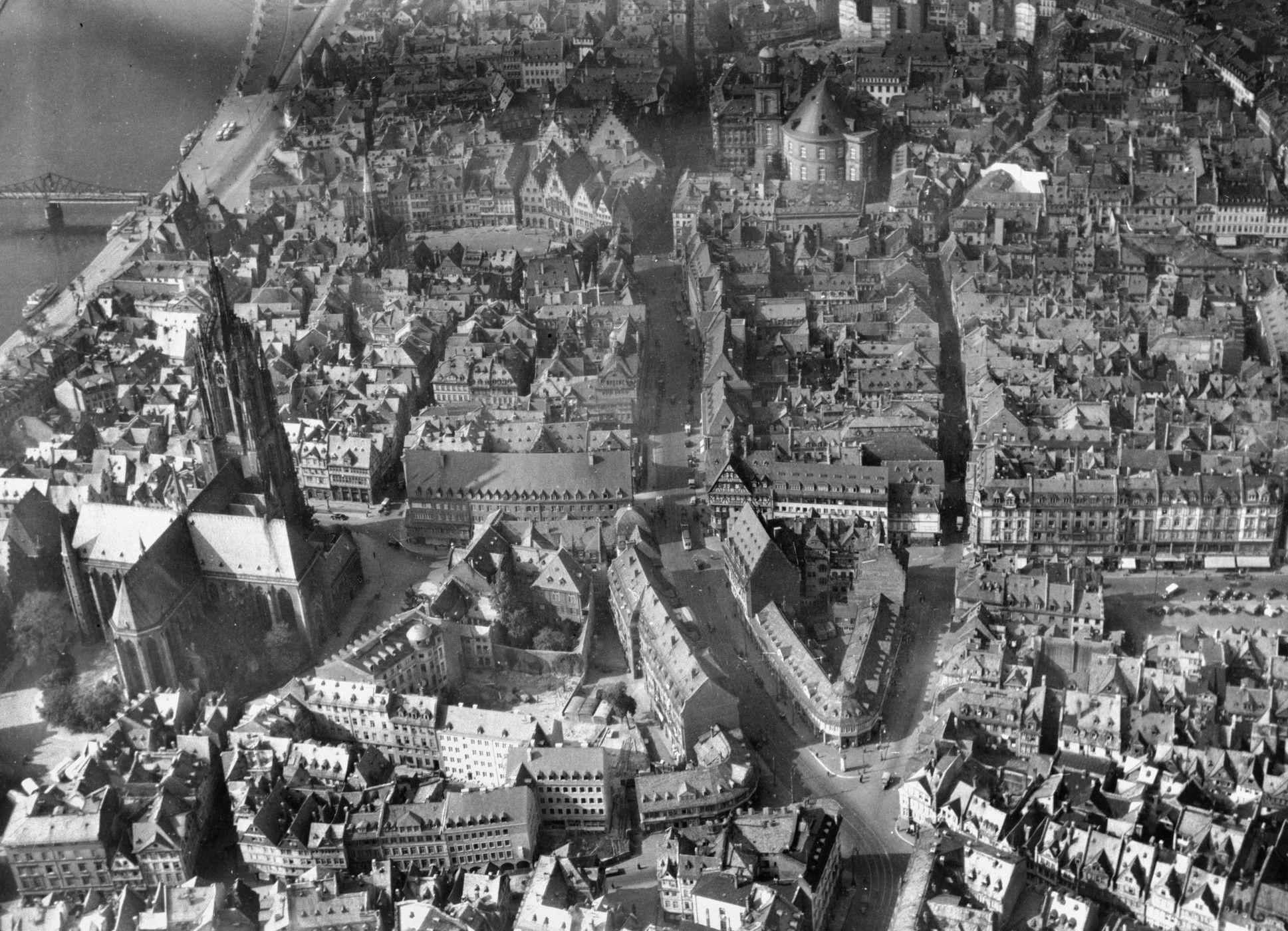 Frankfurt am Main, Altstadt 1942 vor der Zerstörung durch