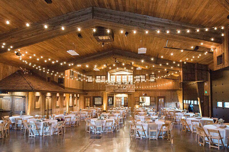 5 Best Colorado Wedding Venues Near Denver With Mountain Views Michele Wit In 2020 Colorado Mountain Wedding Venues Mountain Wedding Venues Mountain Wedding Colorado