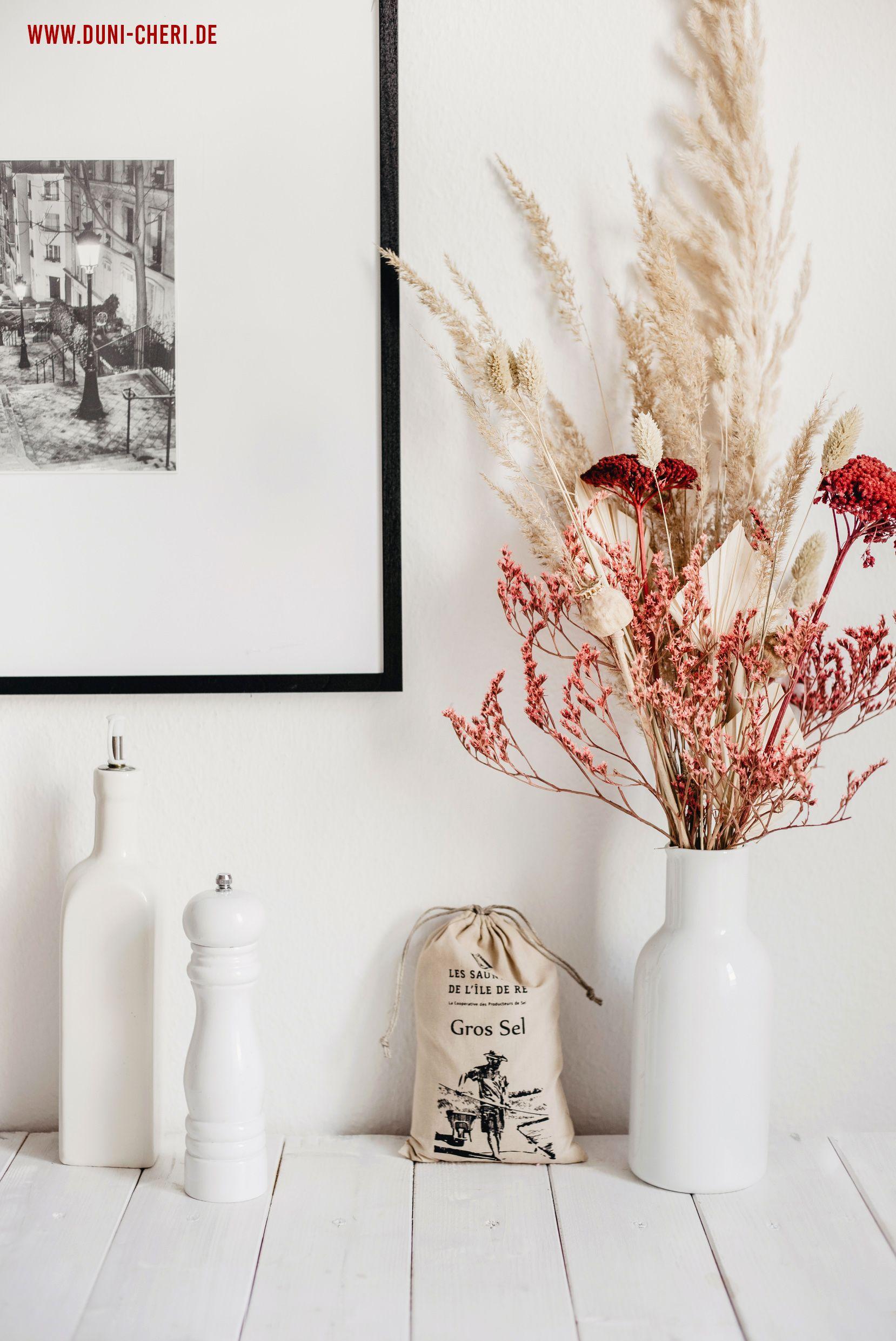Photo of decoration dried flowers paris