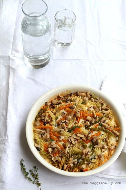 Vegetable, Paneer and Pasta Bake Recipe from veggiebelly.com! This tastey meal will leave us all satisfied! #vegetarian #healthyrecipe