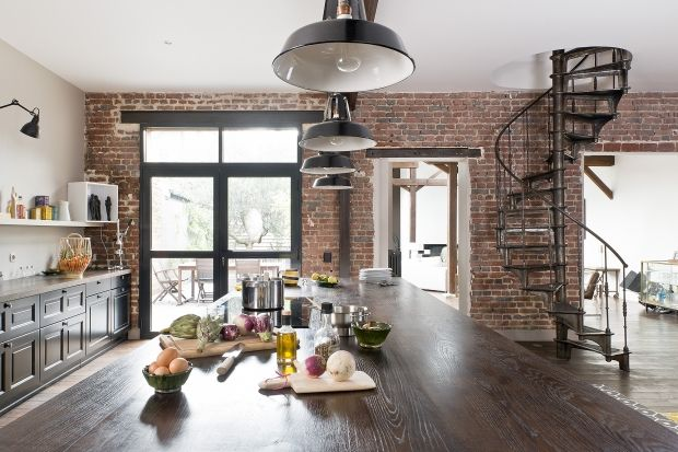 Peinture plafond Ripolin et briques au mur pour un style cuisine - Peinture Pour Carrelage De Cuisine