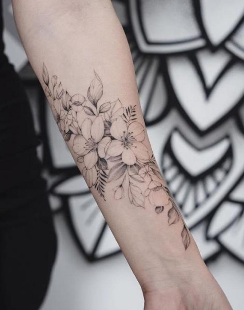 Pin De Angie En Tatuajes Tatuajes Femeninos Tatuaje Flores