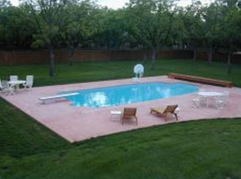 Small Backyard Pool Landscaping Ideas