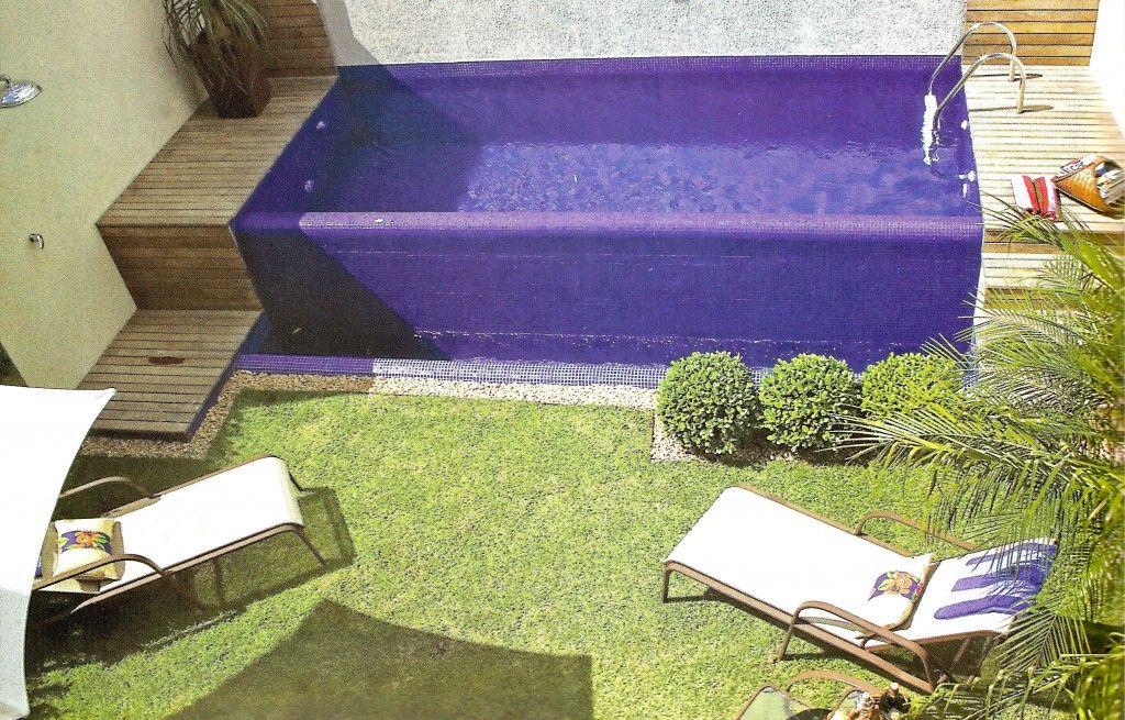 Projetos de piscinas em espa os pequenos patios for Piscinas desmontables para patios pequenos