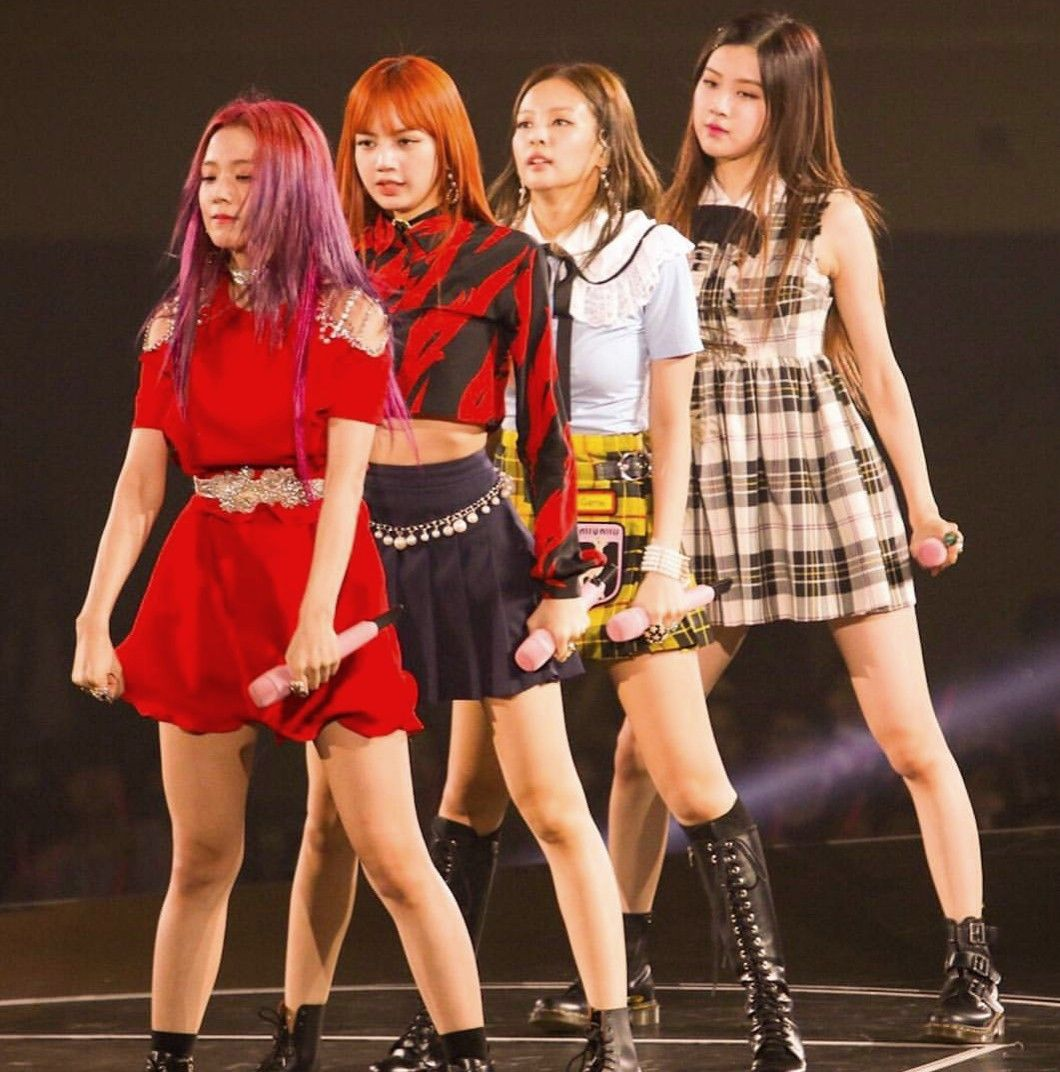#JISOO #LISA #JENNIE #ROSÉ BLACKPINK