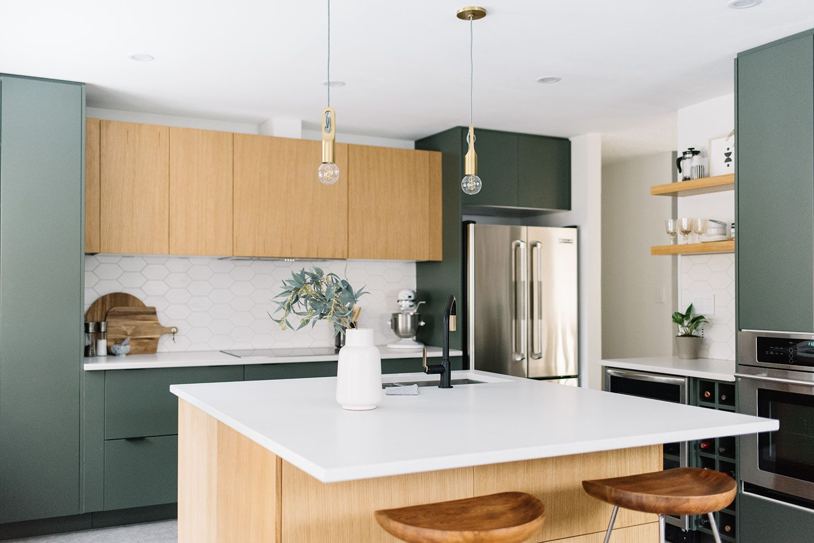 These 7 Verdant Paint Colors Are Tempting Us To Satisfy Our Green