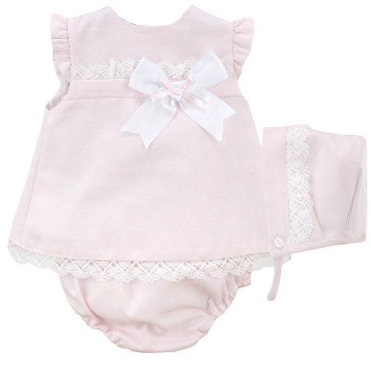 Bloomer /& Bonnet Set. Baby Girls Spanish Style Knitted 3 Piece Dress