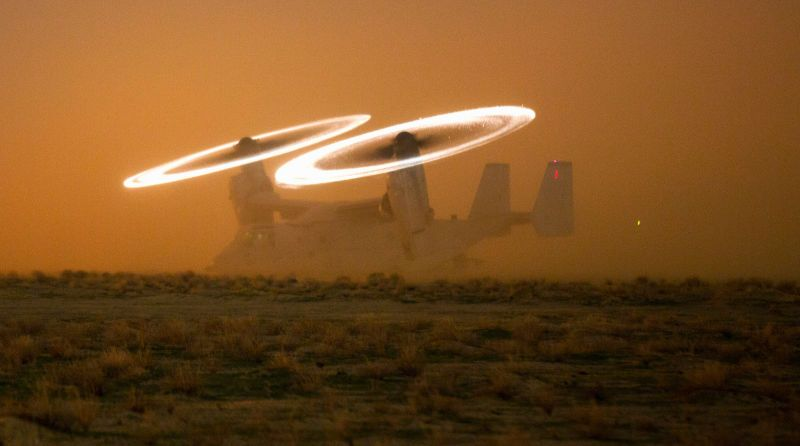 Awesome picture of a V-22 Osprey makes it look like an invisible plane with star engines