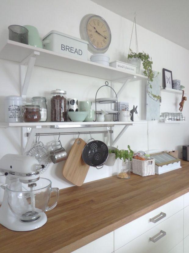 k che mit neuem mintfarbenen porzellan kitchen pinterest k chen wandregal wohnung k che. Black Bedroom Furniture Sets. Home Design Ideas