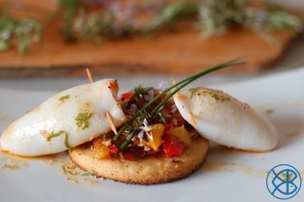 Recette gastronomique traditionnelle encornets farcis la ratatouille et crevettes sur sabl s - Documentaire cuisine gastronomique ...