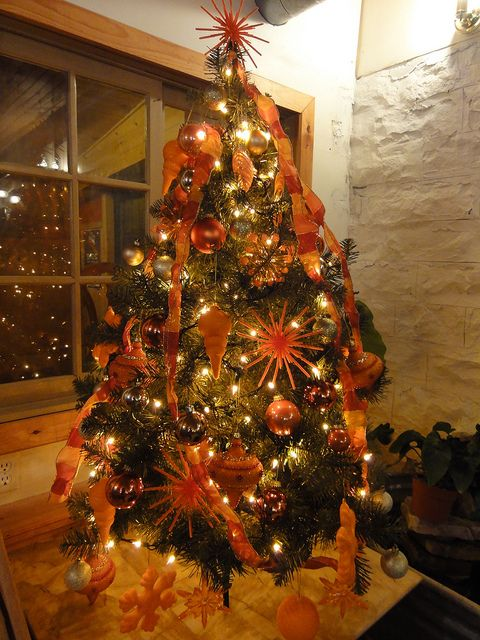 black christmas tree with orange lights - Orange Christmas Tree