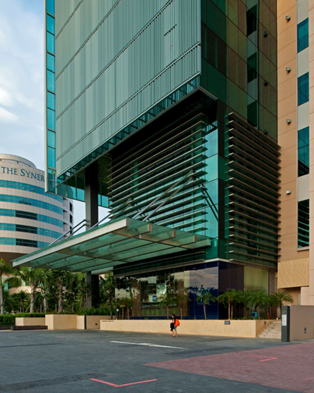 exterior office design. #commercial #facade #architecture #exterior #decor #design #building #realestate Exterior Office Design R