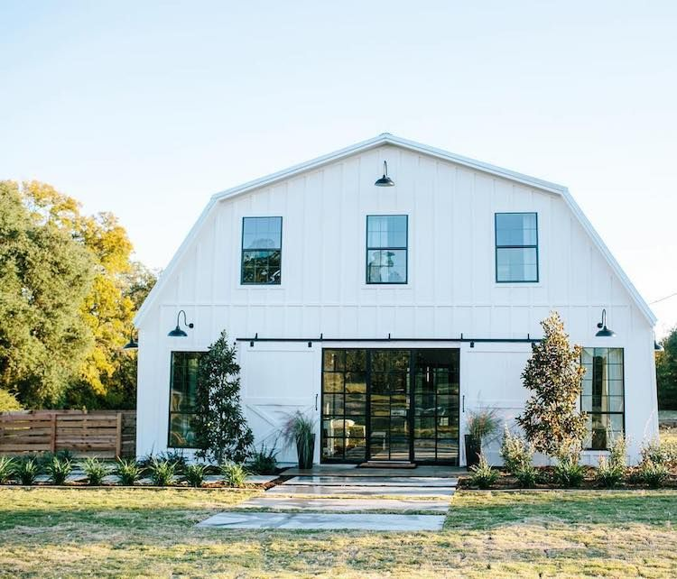 Texas barn transformed into rustically modern for Modern pole barn homes