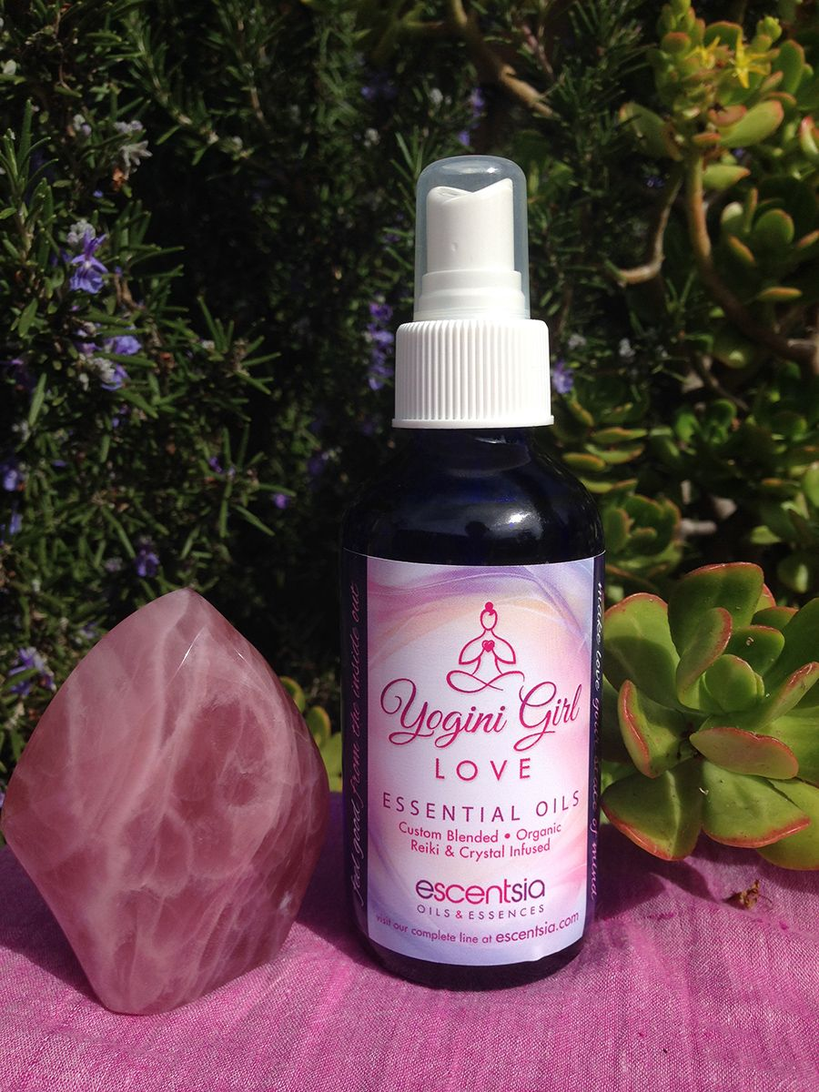 Yogini Girl Love Spray Offers A Blend That Combines Essential Oils