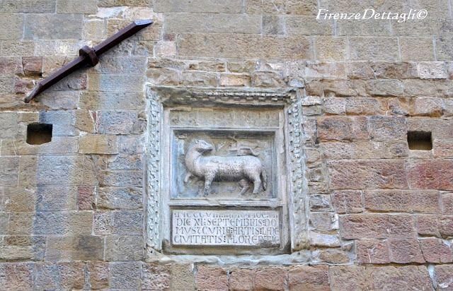 Firenze, via Calimala, Palagio dell'Arte della Lana, lapide