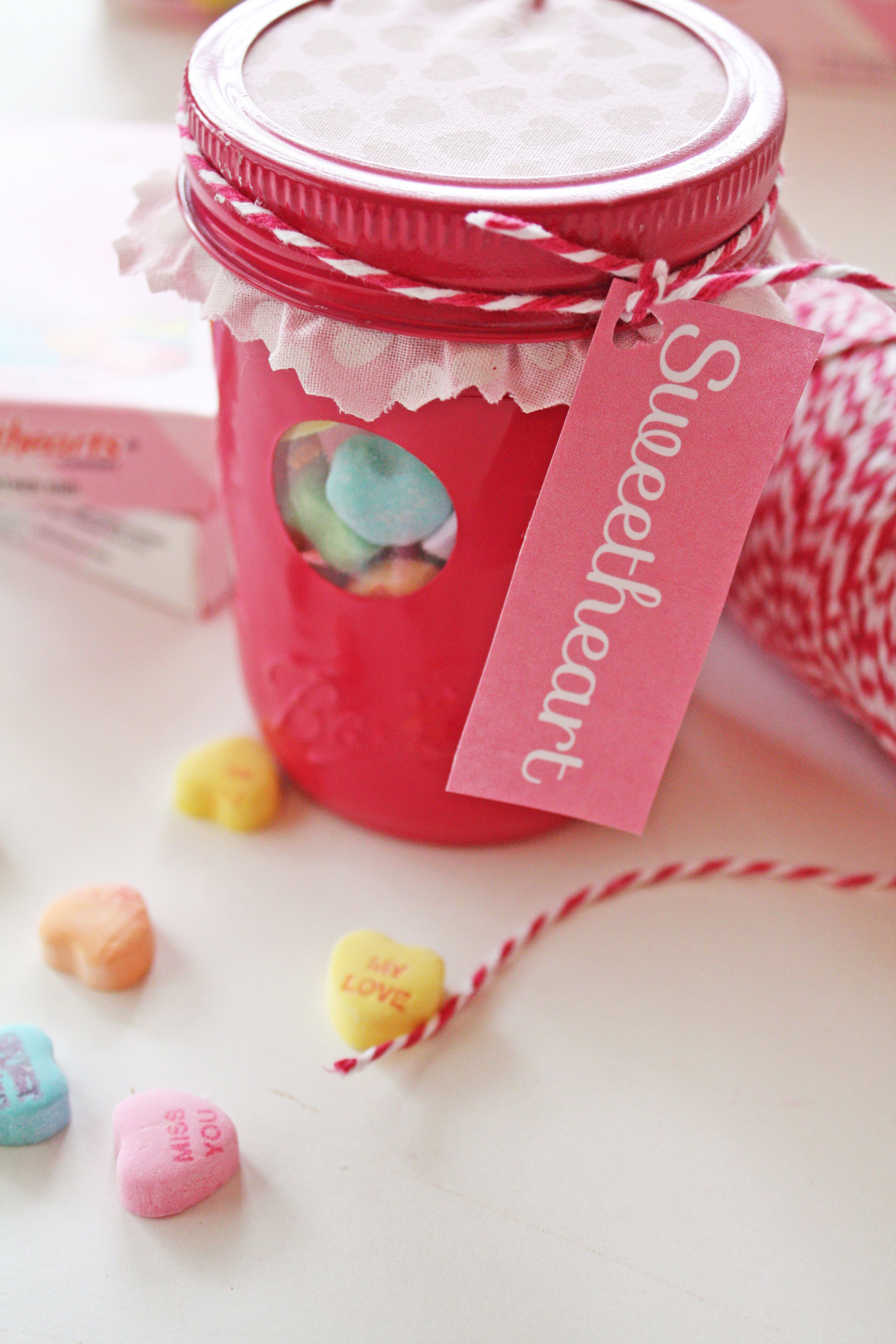 DIY Valentine Candy Jar Idea & Free Valentine\'s day Gift Tags ...