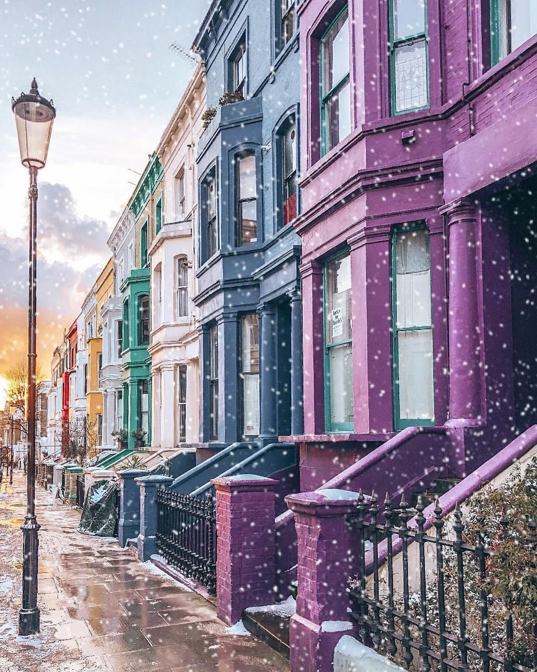 Notting Hill London: Lancaster Road, Notting Hill, Kensington And Chelsea In