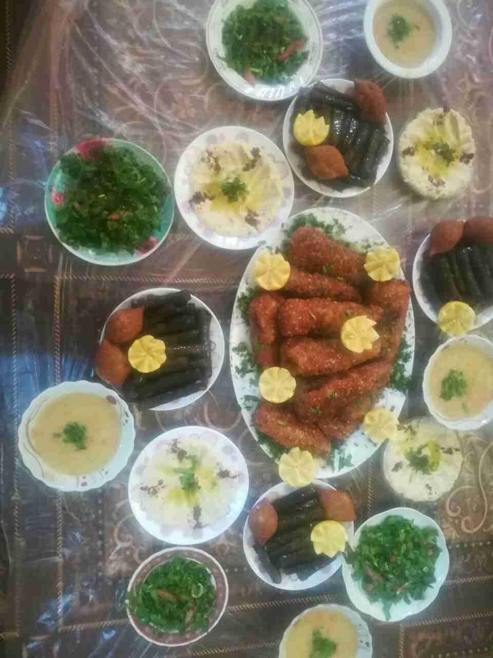 Pin By Tasha S On من سنابي Food Vegetables Chicken