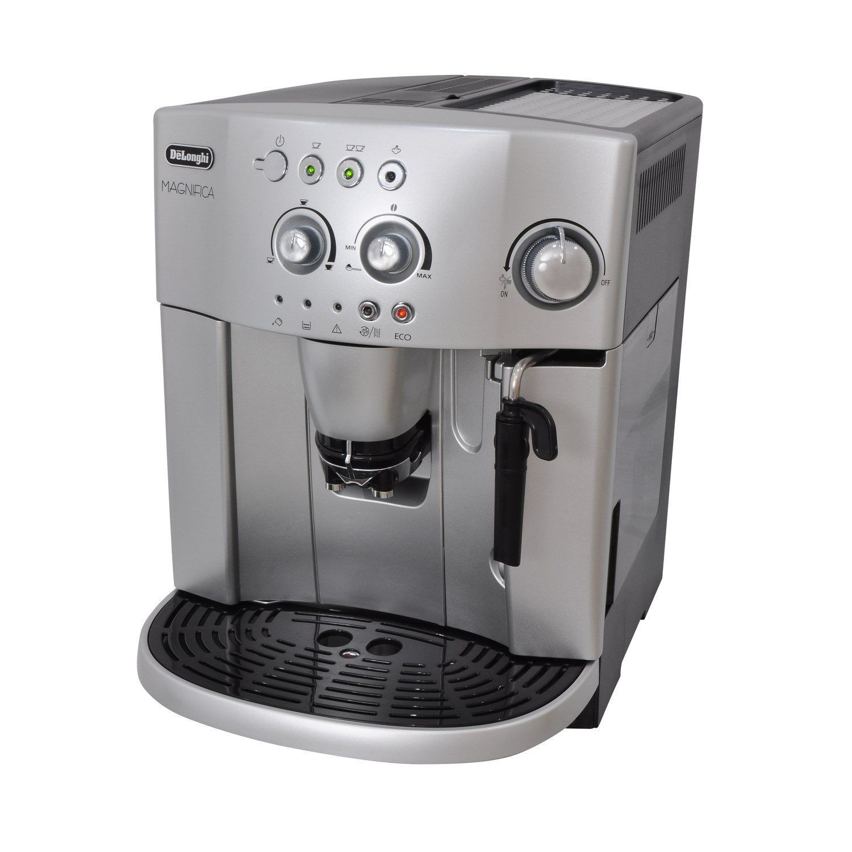 De Longhi Magnifica Bean To Cup Espresso Cappuccino Coffee Machine Esam4200 Silver Amazon Co Uk Kitchen Cappuccino Machine Cappuccino Coffee Coffee Machine